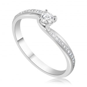 טבעת אירוסין סוליטר עדינה וקלאסית זהב לבן Helen הלן