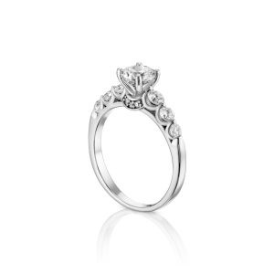 טבעת אירוסין יהלום יוקרתית זהב לבן Logan