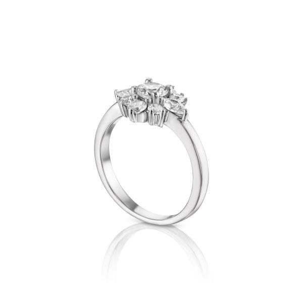 לורן טבעת אירוסין